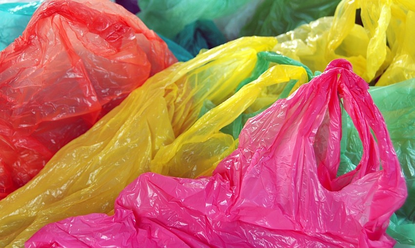 single-use plastic bags