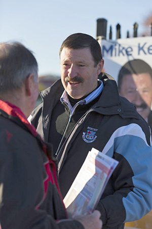 Mike Kelly during the electoral campaign.