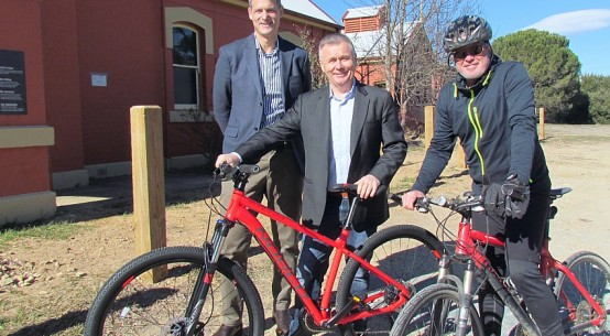 Labor supports Molonglo rail trail