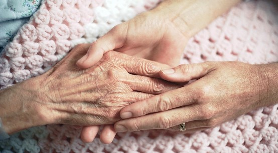caring-hands-catholoclaneDOTcom