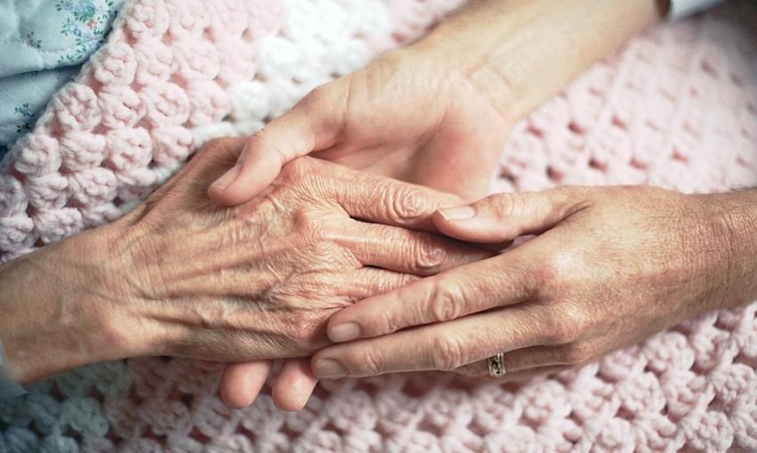 caring-hands-catholoclaneDOTcom