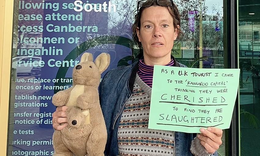 Jenny-Elliot_protest-Canberra