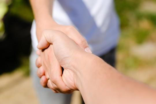 handshake-rural-by-Ligorosi-dreamstime-Mar2020