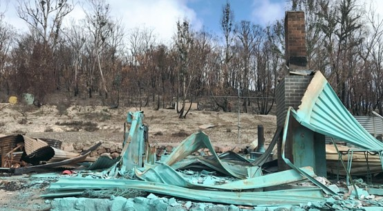destroyed-homstead-Two-Thumbs-cr-Jacob-Howard