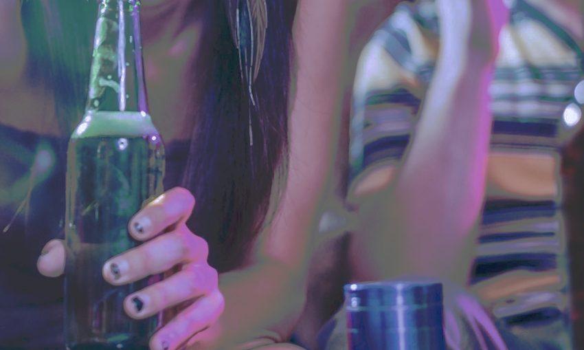 underaged-alcohol-abuse-Pexels