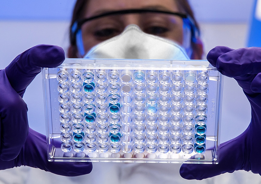 covid-19-antibodies-lab-testing_CDC-unsplash